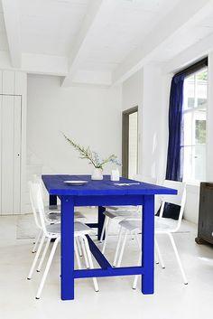 azul klein mesa