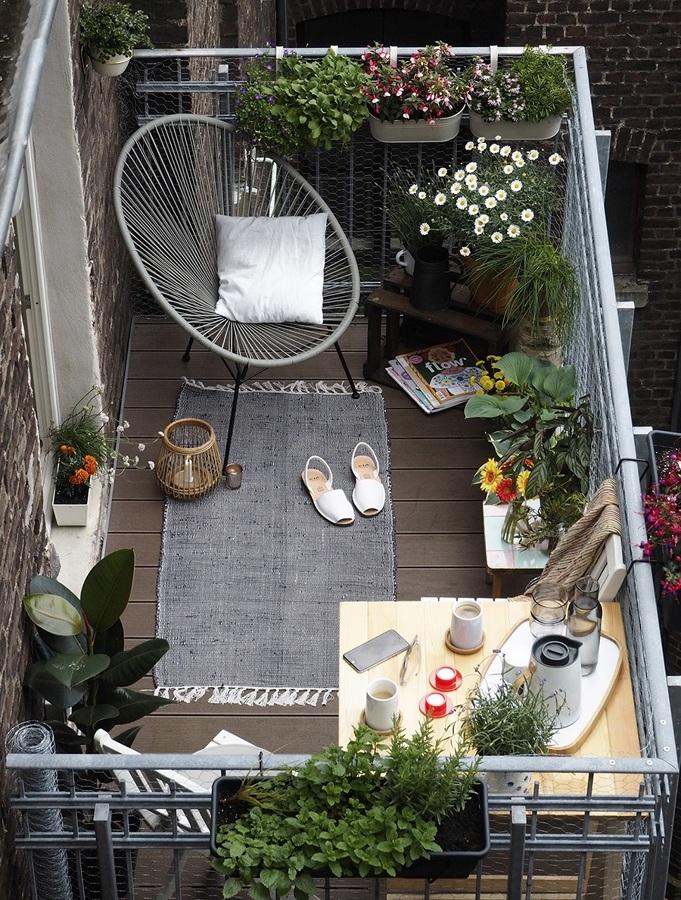balcon-con-plantas-atelier-alicante