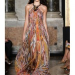 http://www.vogue.es/desfiles/primavera-verano-2015-milan-fashion-week-emilio-pucci/10333/galeria/18212/image/902563