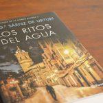 los-ritos-del-agua-trilogia-ciudad-blanca-eva-garcia-saenz-urturi-1-atelier-alicante