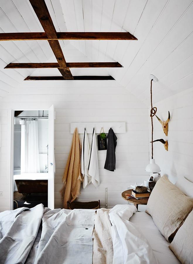 vigas-de-madera-en-dormitorio-1296948