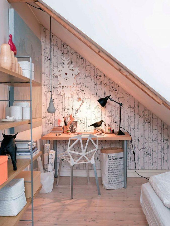 zona-estudio-bajo-la-escalera-atelier-alicante